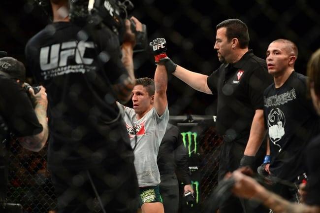 MMA: UFC 187-Benavidez vs Moraga