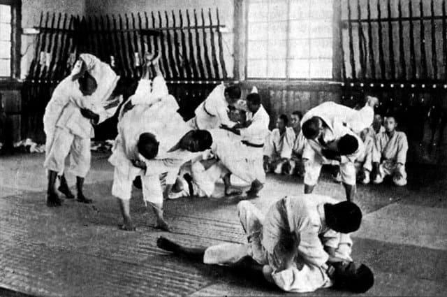 Обучение джиу-джитсу