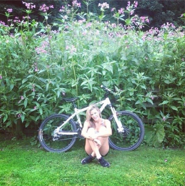 Kristie-McKeon-Ross-Pearson-girlfriend_photos