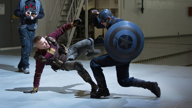 captain-america-2-official-photo-steve-vs-hydra.0