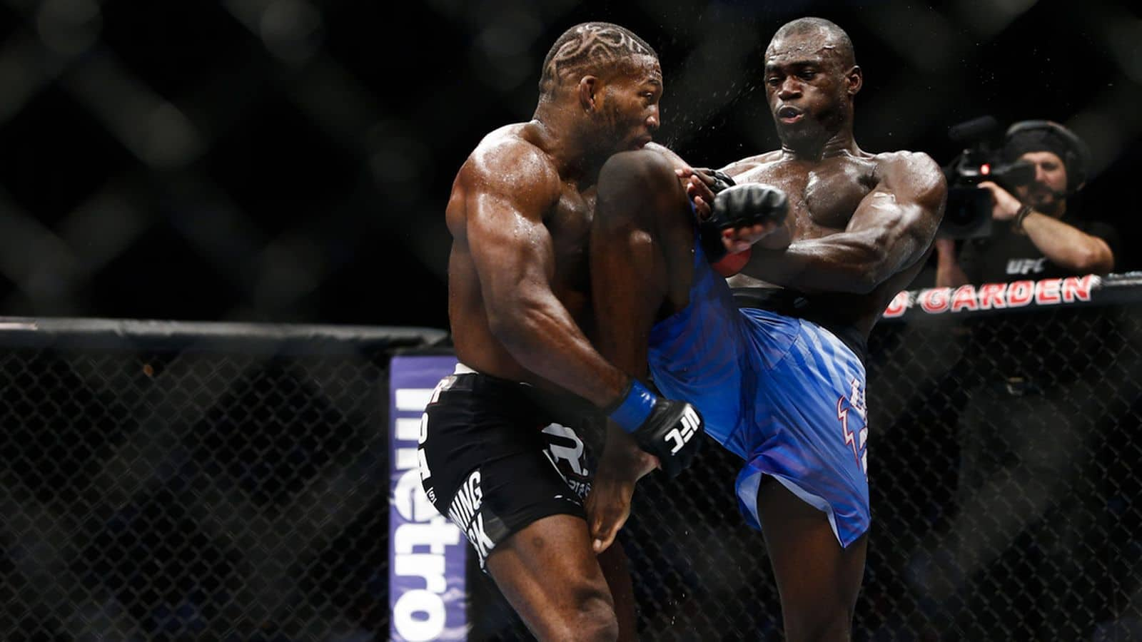 095_john_howard_vs_uriah_hall.0