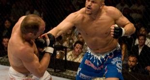 UFC 52 – Chuck Liddell KO Randy Couture