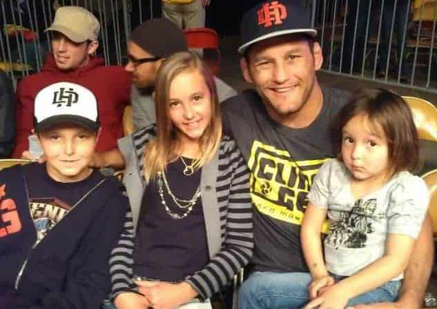 dan-henderson-with-children