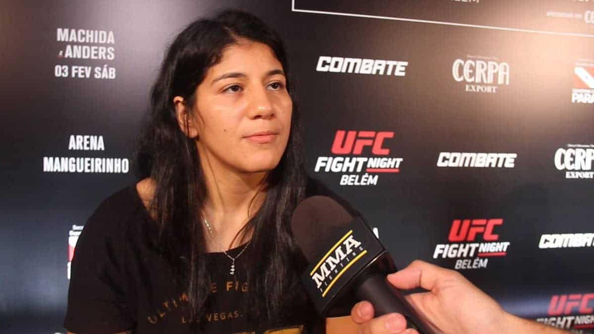 """Кетлин Виера считает, что ее """"обманули"""", уверена, что она следующая в очереди за поясом UFC"""