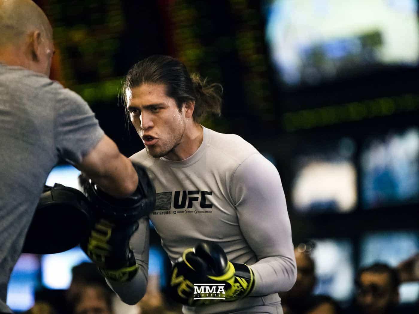 """Брайан Ортега: """"UFC компенсировали мне расходы, теперь я молюсь за Макса Холлоуэя"""""""